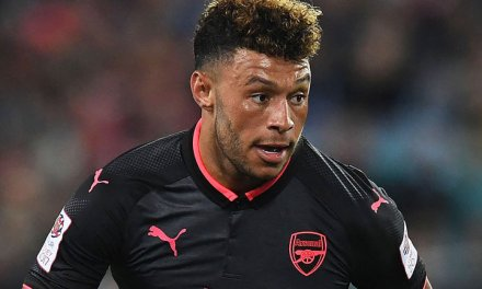 Chelsea wants Arsenal's Oxlade-Chamberlain