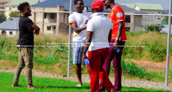 Daniel Darkwah bids his teammates farewell ahead of Enyimba move