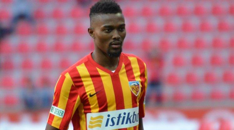 Galatasaray sniff around Bernard Mensah