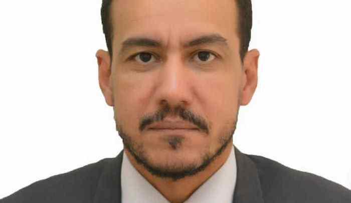 أحمد فال ولد محمدن: مستشار الوزير مكلف بالتعاون و الاتصال / وزارة النفط والطاقة والمعادن