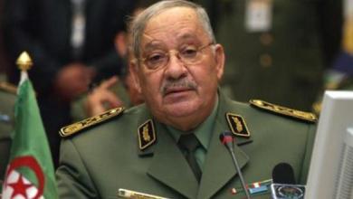 Photo of الجيش الجزائري يدعو للحوار وتقديم تنازلات لحل الأزمة