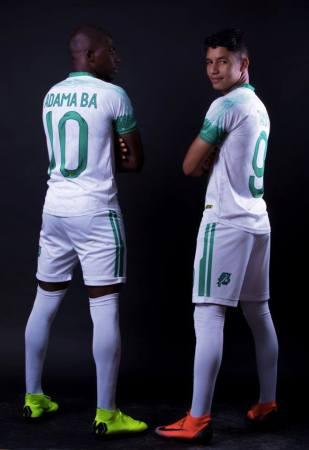 آداما با و حمية الطنجي- صفحى الاتحادية الموريتانية لكرة القدم على الفيسبوك