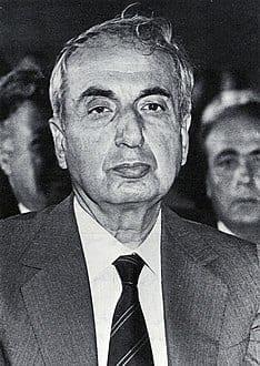 الرئيس اللبناني الأسبق، رينيه معوض(17 مارس 1925 - 22 نوفمبر 1989)