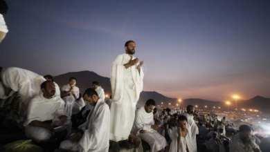 Photo of فلكيون يحددون أول أيام عيد الأضحى