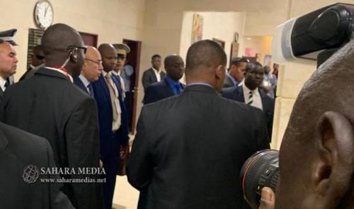 مصور يحاول التقاط صورة من الرئيس الموريتاني (صحراء ميديا)