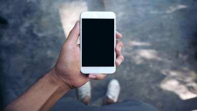 Photo of «آبل»: بعض هواتف «آيفون» قد تتعطل الشهر المقبل