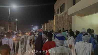 Photo of الشرطة تفرق محتجين أمام منزل ولد عبد العزيز