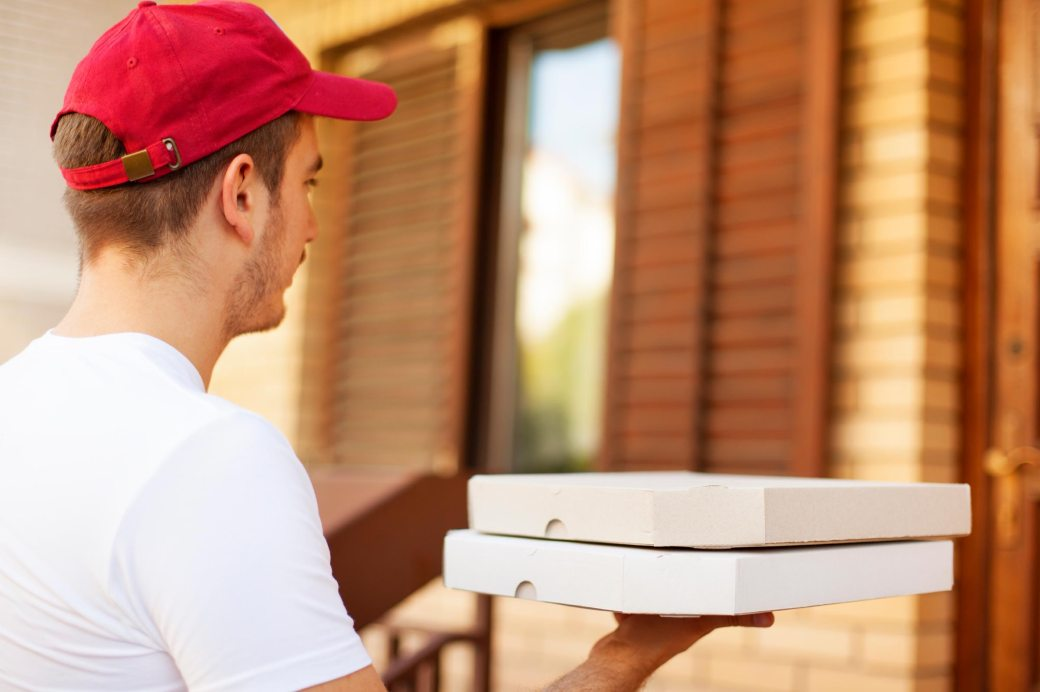 Qualities to Look for in a Pizza Delivery Service - Sahara Pizza ...