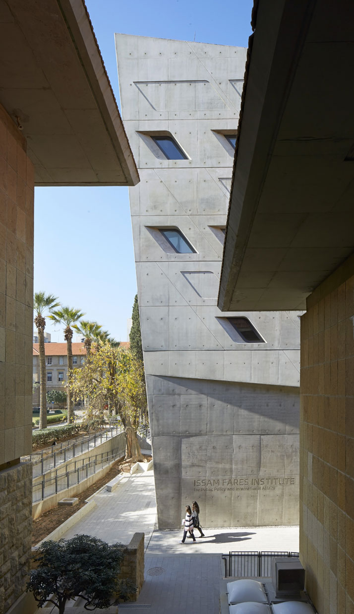 44zaha_hadid_Issam_Fares_Institute_for_Public_Policy_and_International_Affairs_at_the_American_University_of_Beirut.jpg