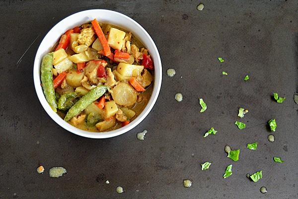 The Homans' Thai Green Curry on Sahar's Blog