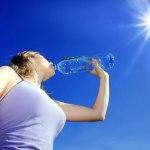 فوائد-الماء-الصحية---البشرة-والكليتين-والعضلات