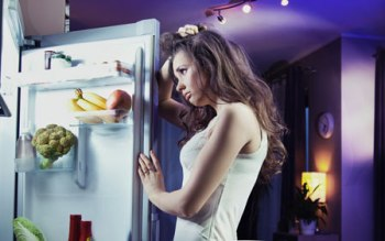 أضرار-الأكل-ليلا-نصائح-وعادات-صحية-صغيرة-وسهلة-الإتباع13.jpg