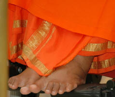 lotus feet sri sathya sai baba