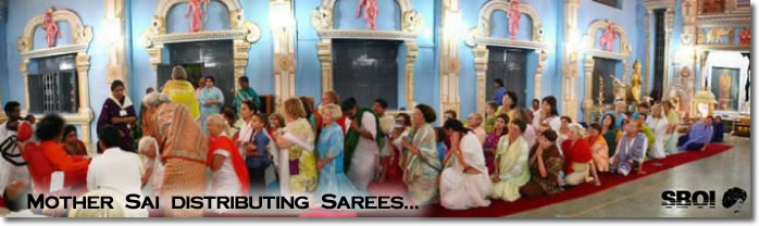 Mother Sai distributing Sarees...
