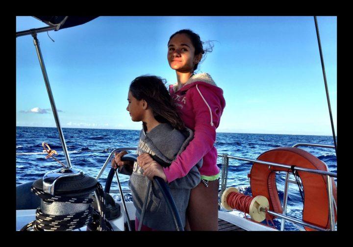 Barca a vela e bambini: gioco da ragazzi.