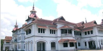 Kerala Fort | Kavadiar Palace
