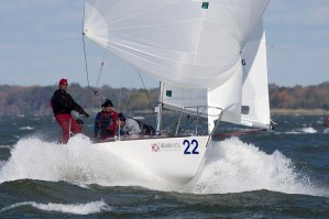 BREEZE ON: Heavy Air Downwind Symmetric Spinnaker Sailing