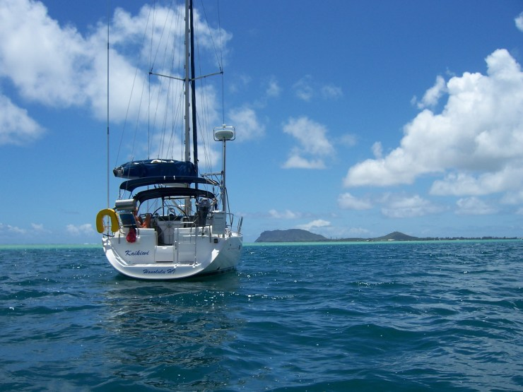 Sailing In Oahu
