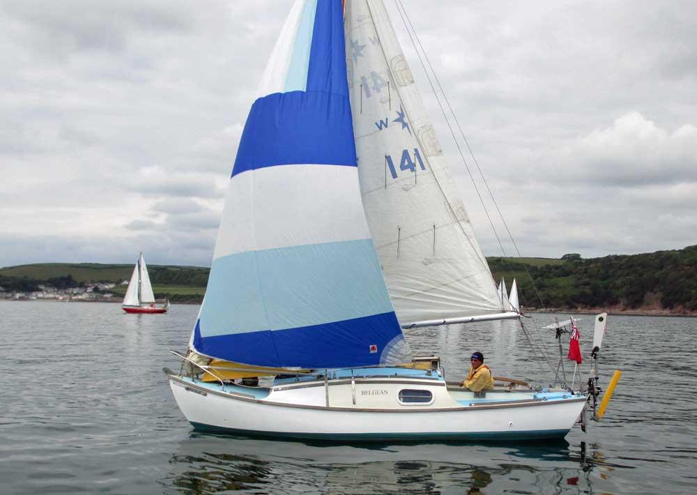 Popular Cruiser Yachts Under 30 Feet 91m Long Overall