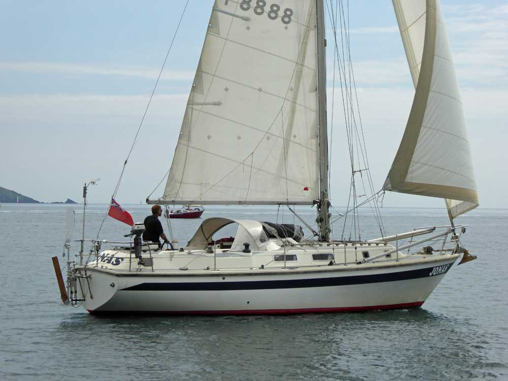 Popular Cruising Yachts From 30 To 35 Feet 91m To 107m