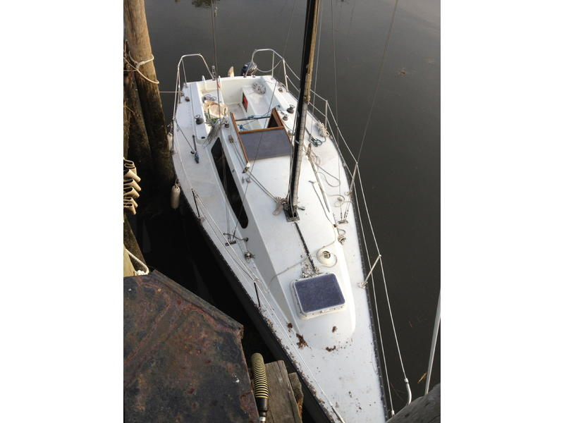 1980 Formula Yachts Evelyn 26 Sailboat For Sale In