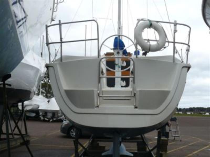 1991 Hunter Hunter 28 Sailboat For Sale In Florida