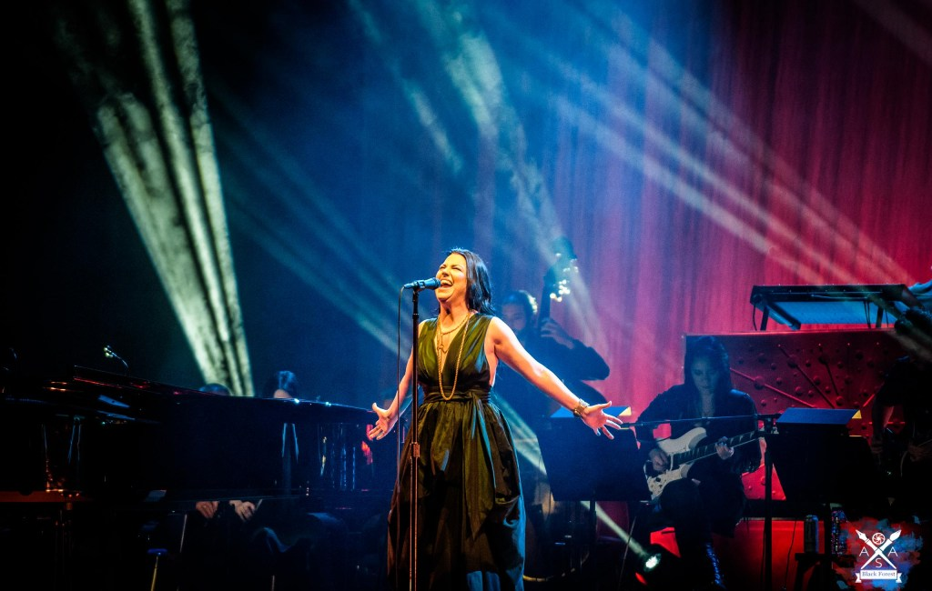 Evanescence  – Synthesis-Tour  – Stuttgart 2018