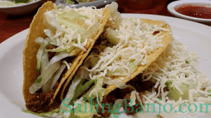 Restaurant review Arturos Mexican Restaurant: Hard-shell beef tacos