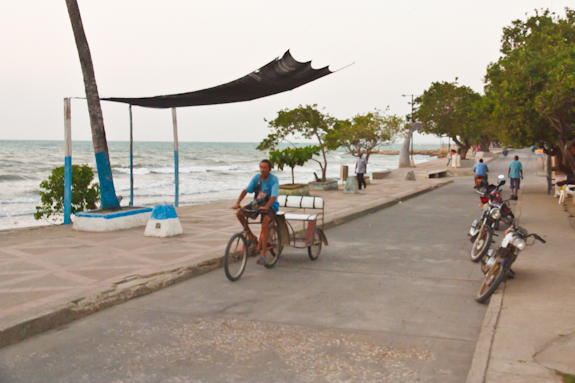 Malécon, Tolu, Colombia, bicitaxis, beach