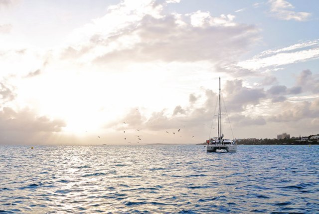 catamaran_sunset_guadeloupe