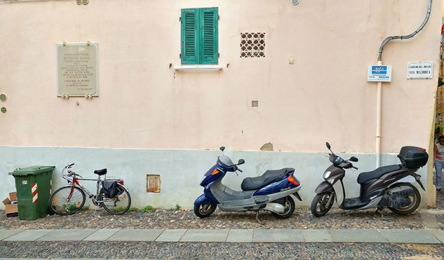 People in Alghero get around on bikes of all kinds.