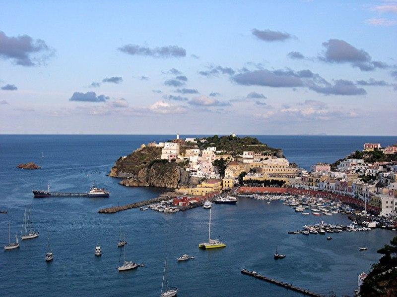 Sailing in Italy Roma Itinerario III  7 Giorni Palmarola