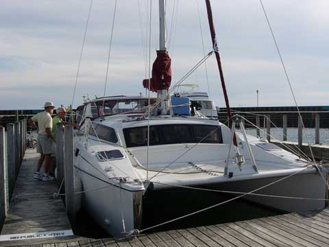 PDQ Classic 32 Catamaran 32 feet 199495 Crystal