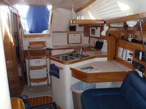 Catalina 320 2004 Grapevine Texas sailboat for sale