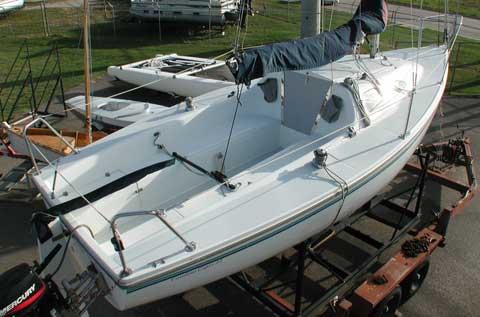 Catalina Capri 22 2002 Lewisville Texas sailboat for