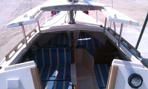 Catalina 22 1977 Lake Canyon Yacht Club Texas Sailboat