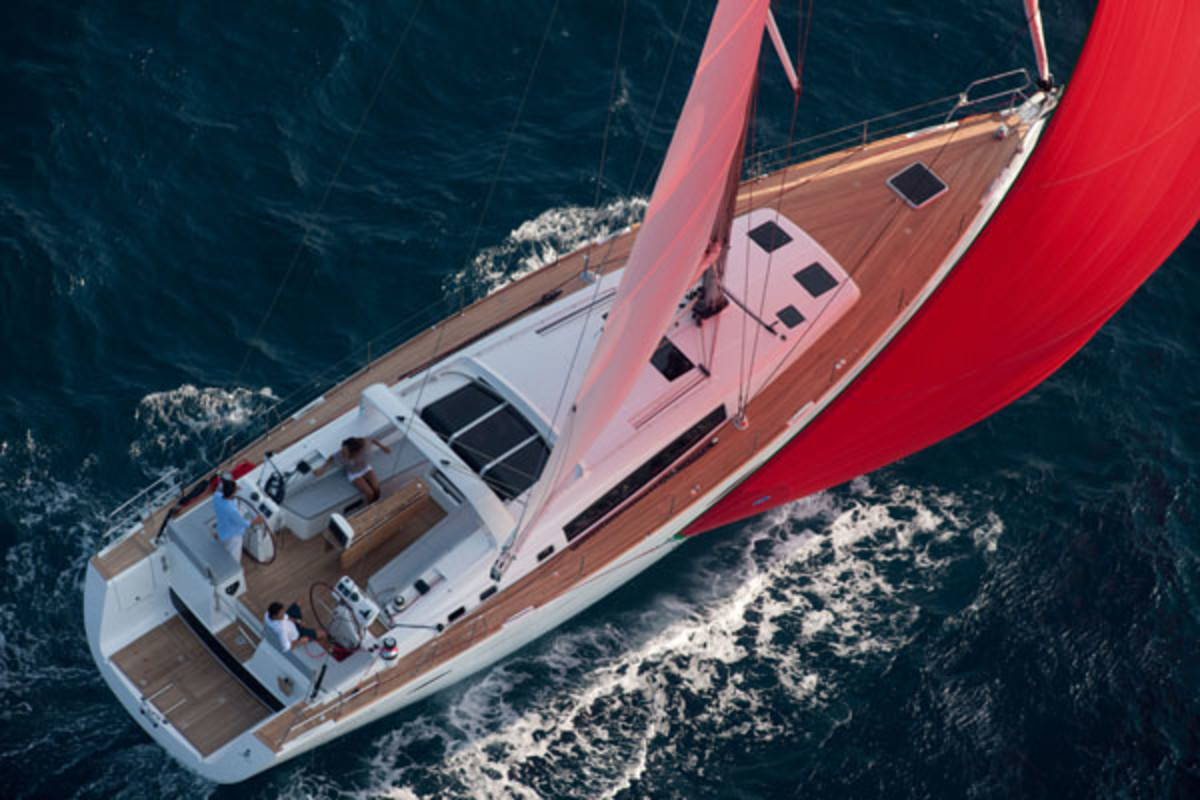 hight resolution of beneteau 58