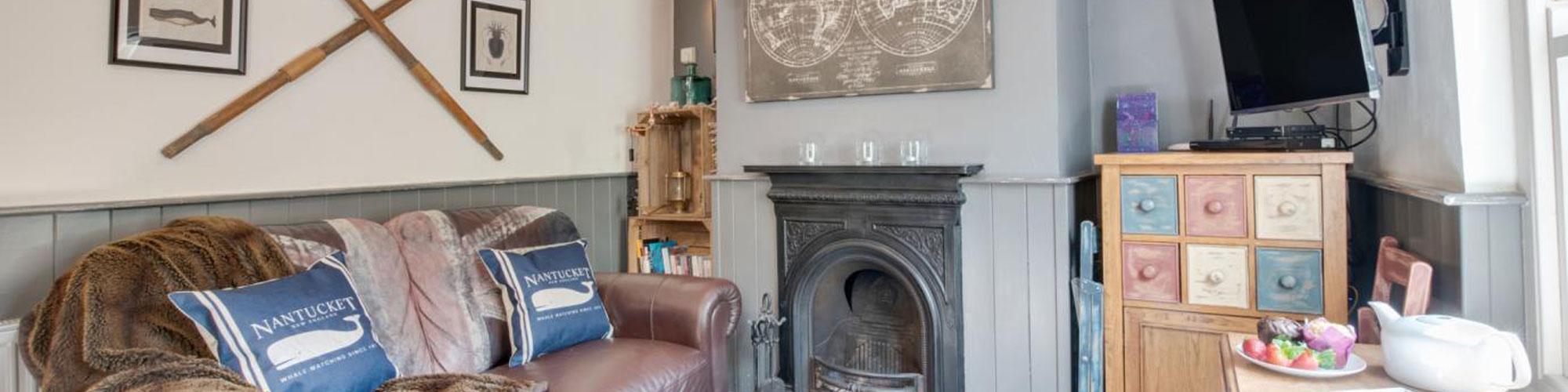 Fieldside Cottage Lounge