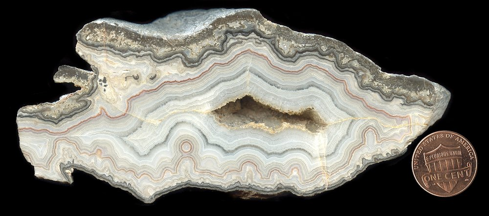 Dwarves Earth Treasures Missouri lace Agates from