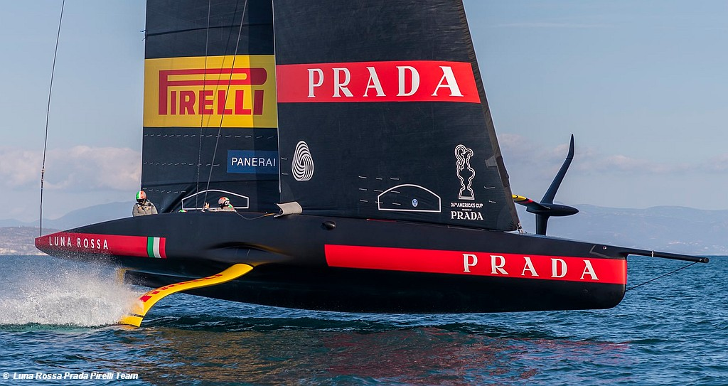 America's Cup – Luna Rossa show-off their speed