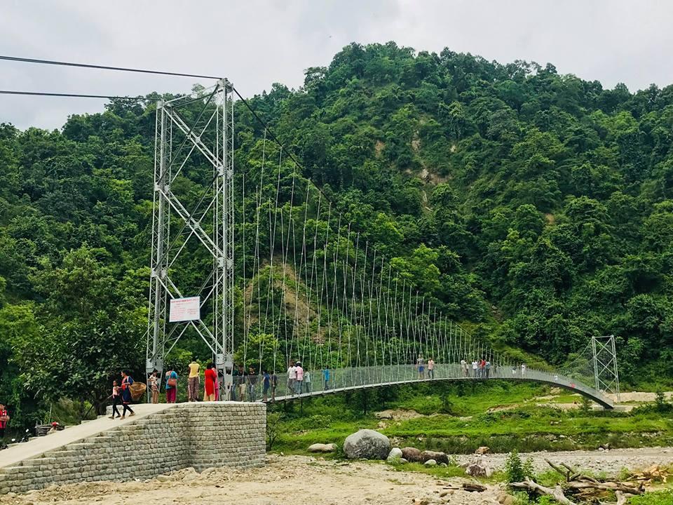 झोलुङ्गो पुल बनेपछि स्थानीय हर्षित्