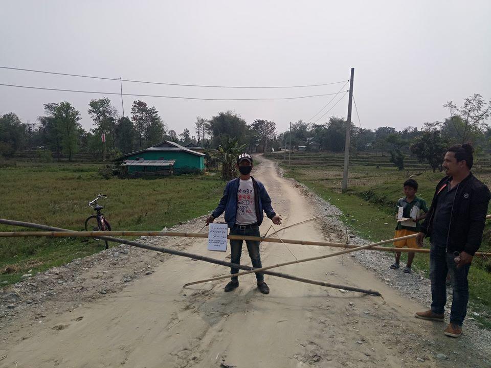 गाउँको लकडाउन(फोटो फिचर)