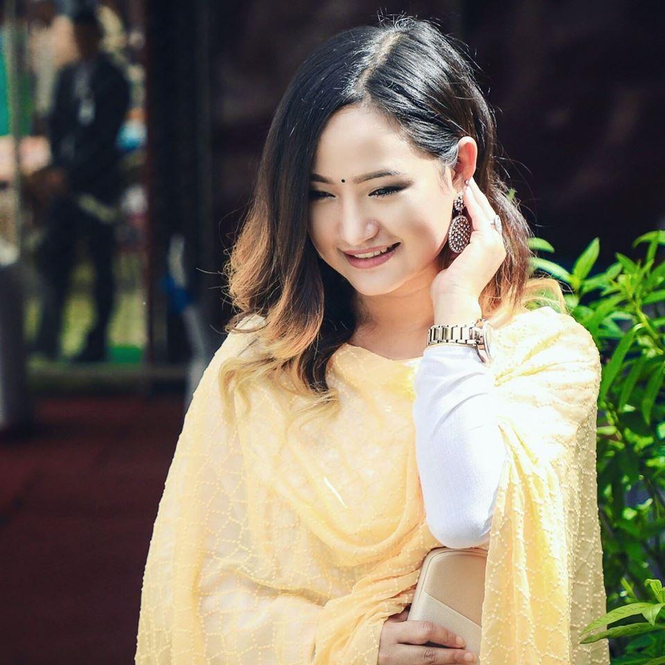 गायिका मेलिना राईको १ लाख रुपैयाँ सहयोग