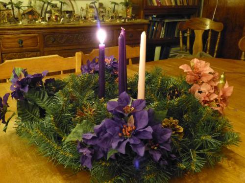 small resolution of roman catholic advent season catholic advent wreath and advent prayers roman catholic advent season wreath prayers and calendar
