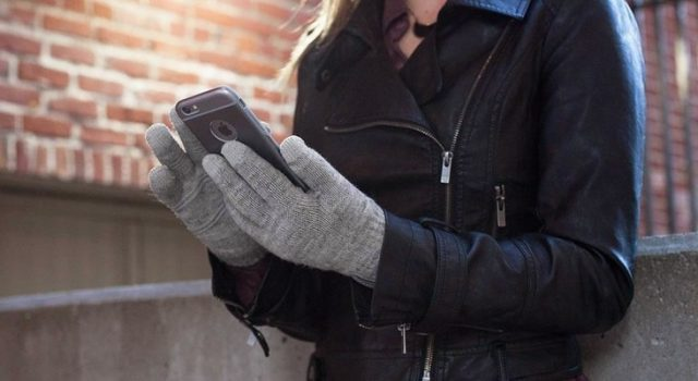 moshi digits touchscreen gloves