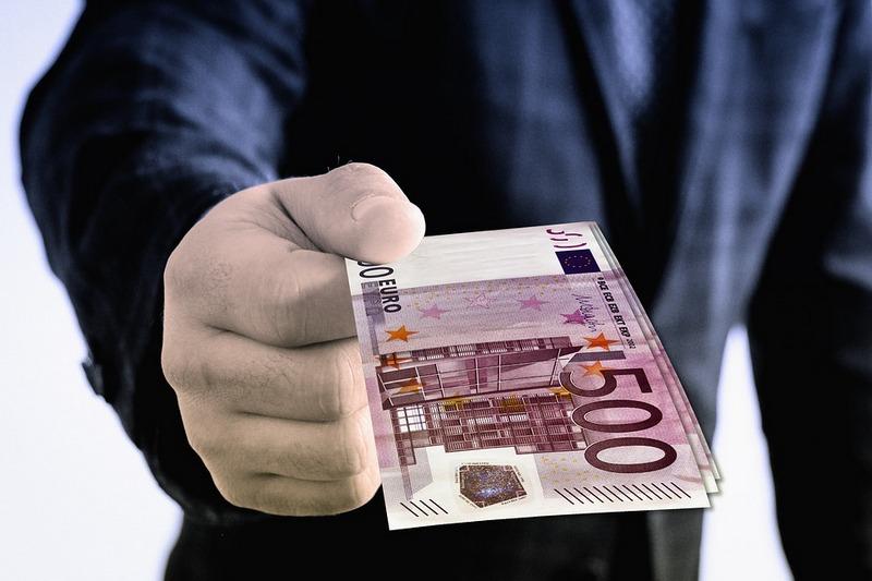Gérer l'argent est bien plus facile, quand ce n'est pas le votre !