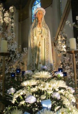 Mary: May Crowning