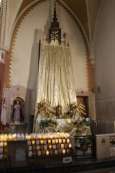 Holy Thursday: Altar of Repose