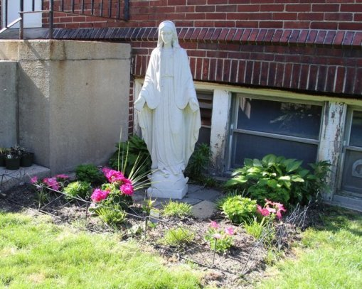 Mary #1: Convent yard