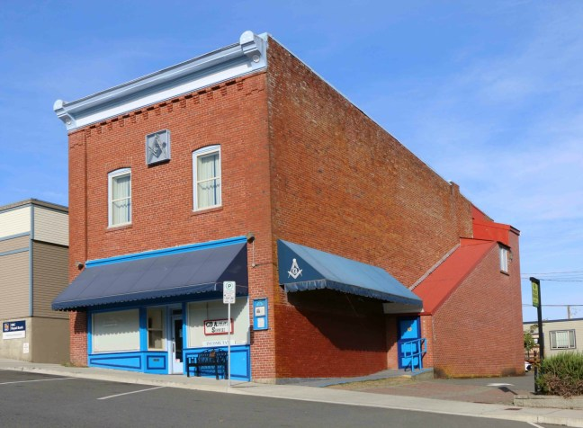 St. John's Masonic Temple, 26 Gatacre Street, Ladysmith, B.C. (photo by St. John's Lodge No. 21 Historian)